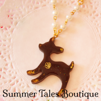 deer-glitter-necklace
