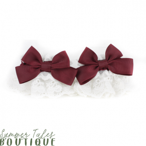 Cherry Lace Wristcuss offwhite with red