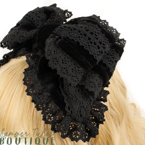 Nostalgia Velveteen headbow black lace