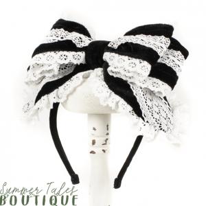 Nostalgia Velveteen headbow white lace