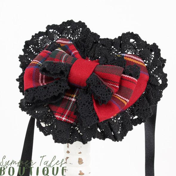 Nostalgia Heart Headdress black lace